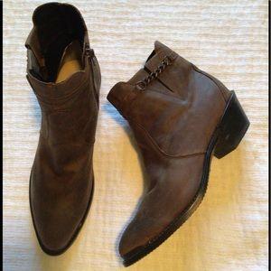Durango Women's Western Ankle Boot. Size 9.5M